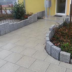 Pantina Gartenbau Hauseingang Beispiel 7